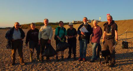 Photo of beach clean volunteers at Half Moon Bay, April 2016